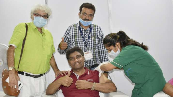 Johnny Lever receives COVID-19 vaccine shot at Mumbai