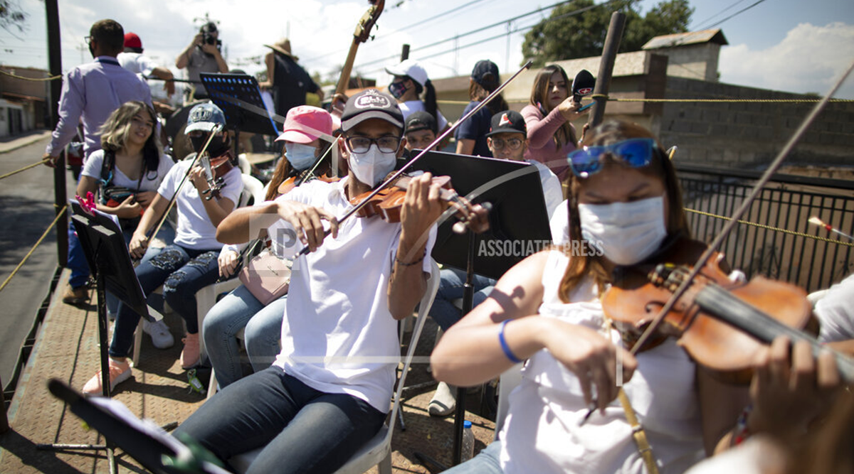 Mobile orchestra tries to convey cheer to Venezuelan streets